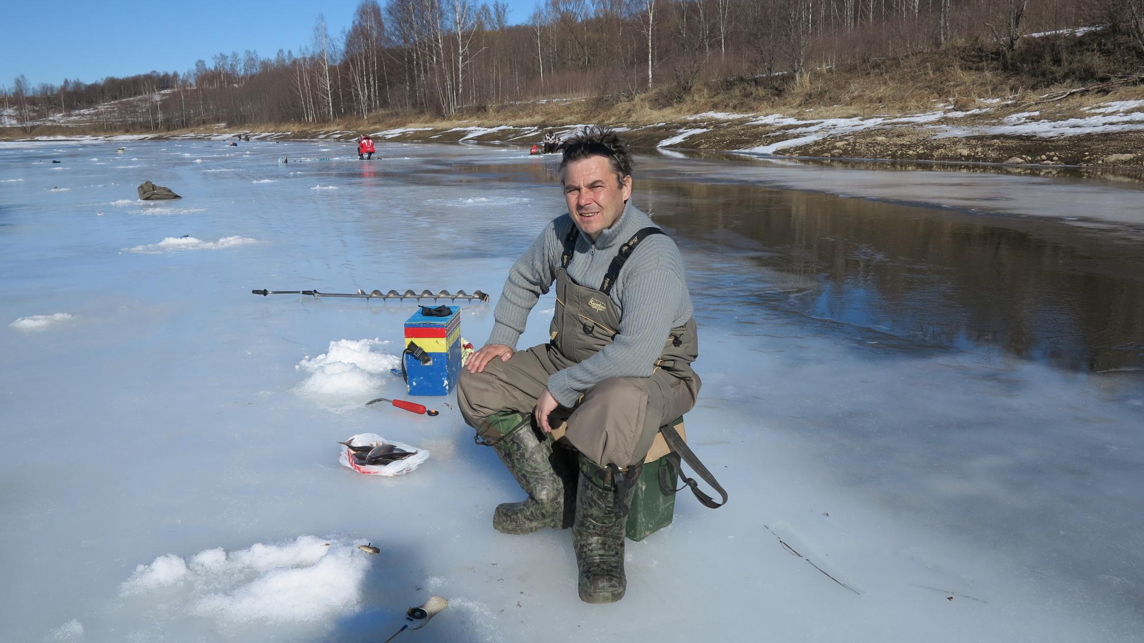 Рыбалка зимняя на реке соть
